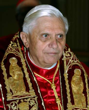 http://jasonkarpf.files.wordpress.com/2010/04/pope_benedict_xvi.jpg